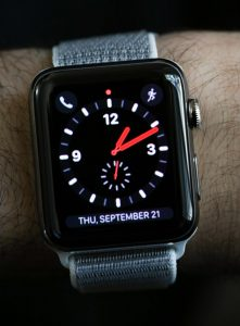Apple Watch Series 3: Is It Worth $10 Per Month For The Data? Hands-On