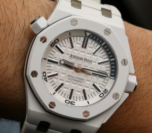 Audemars Piguet Royal Oak Offshore Diver Watch In White Ceramic Hands-On Hands-On