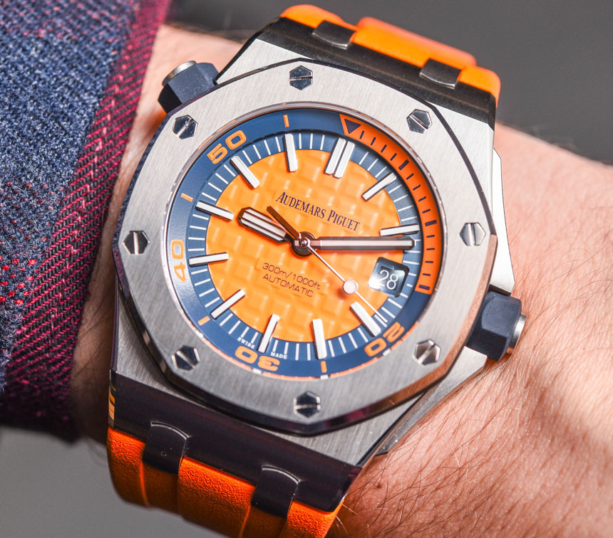 Audemars Piguet Royal Oak Offshore Diver 'Funky Colour Edition' Watches For 2017 Hands-On