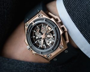 Linde Werdelin Spidolite Updated In Gold, Titanium, And A New Movement Watch Releases