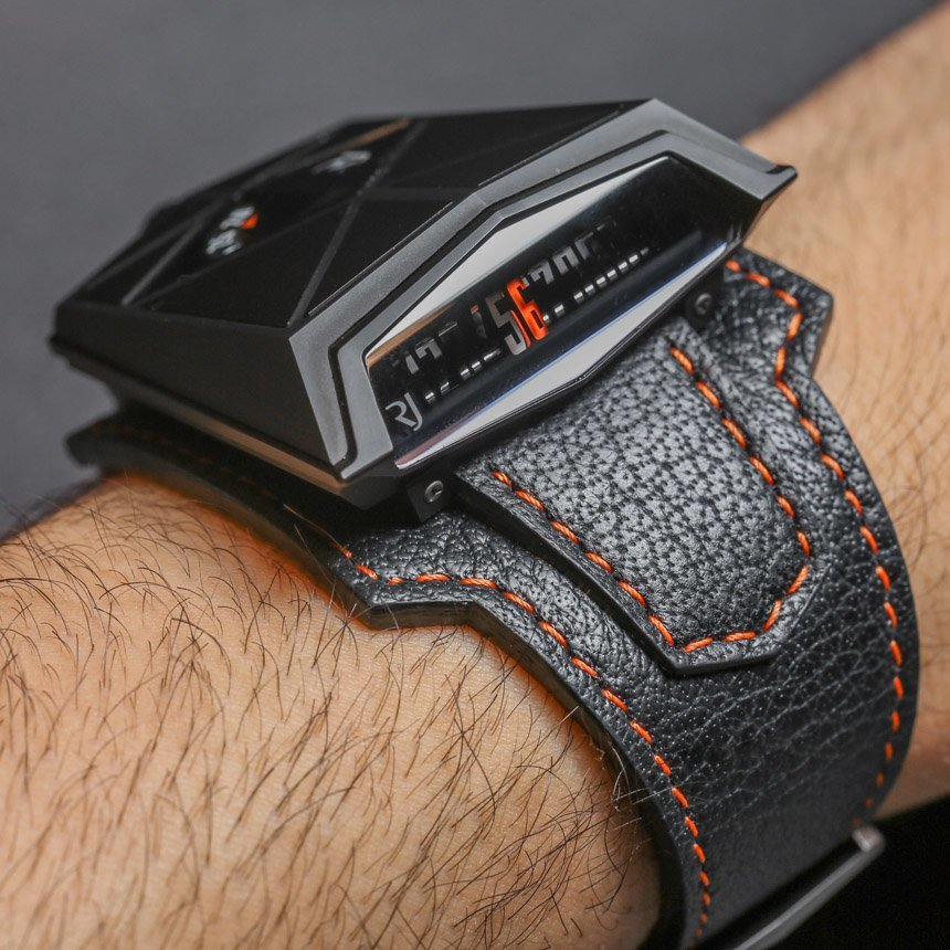 Romain Jerome Spacecraft Black Watch Hands-On