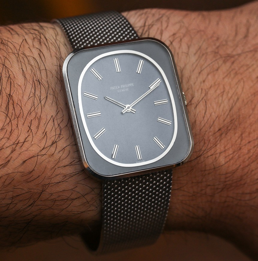 What Do The Patek Philippe 3582 & The Apple Watch Have In Common? Feature Articles
