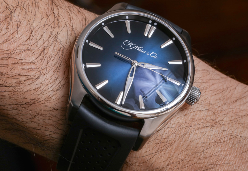 H. Moser & Cie Pioneer Centre Seconds Review