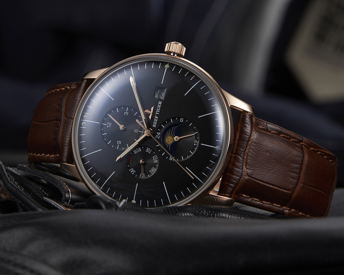 Modern Style With Classic Appeal Seattle Philosopher Black Dial Rose Gold Case Automatic Watch RGA1653